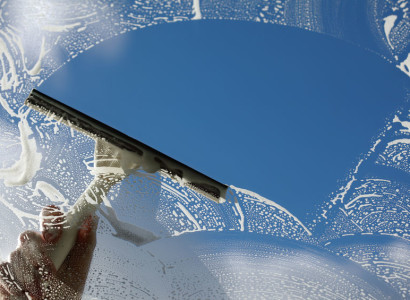 Čistenie fásád, umývanie okien, výškové práce Bratislava