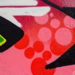 odstraňování graffiti z mostních pilířů
