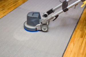 Na koho se obrátit s čištěním podlah?