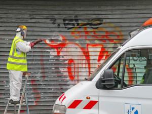 GRAFFITI NA VRATECH