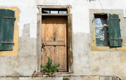 Čištění zateplené fasády Plzeň